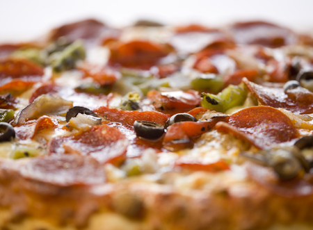 Close-Up Of A Pizza LANG_EVOIMAGES