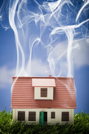 ablaze: Smoking Toy House LANG_EVOIMAGES