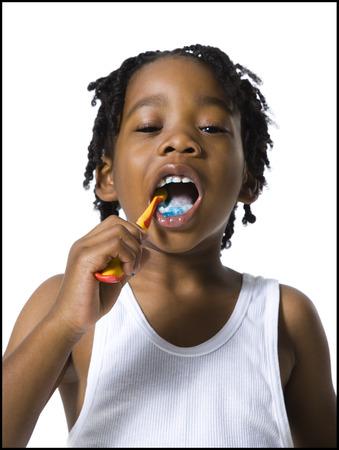 Boy Brushing His Teeth LANG_EVOIMAGES