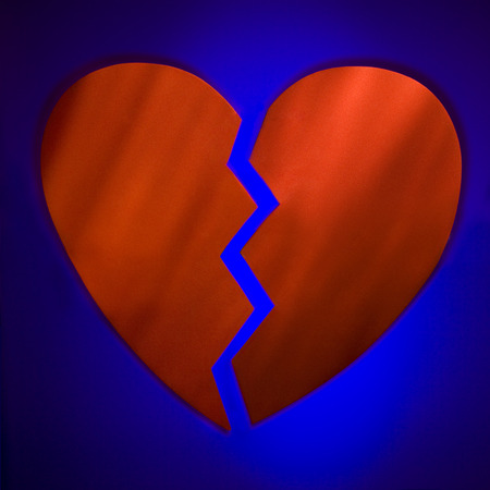 Broken Heart LANG_EVOIMAGES