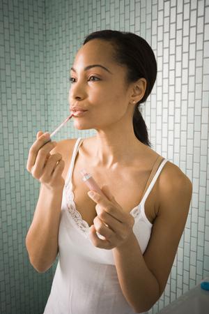 grooming product: Female Grooming Herself LANG_EVOIMAGES