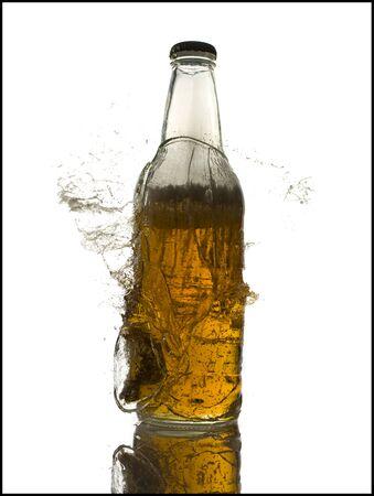 Exploding Beer Bottle LANG_EVOIMAGES
