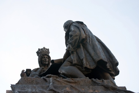 queen isabella: Sculpture of Queen Catholic and Cristobal Colon in Granada, Spain