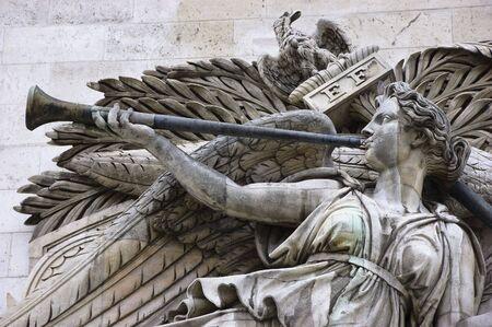 trompeta: Detalle de alto relieve en el Arco del Triunfo, Triunfo de Napole�n