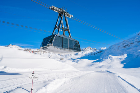 Ski gondola in Cervinio, the Alpine ski resort - view from Cime Bianche Stok Fotoğraf
