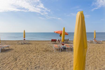 아침에 이탈리아의 Bibione에있는 해변