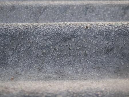 亜鉛の露滴クローズ アップ背景およびテクスチャの概要 写真素材 - 90311933