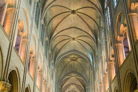노트르담 고딕 교회, 파리, 프랑스의 인테리어
