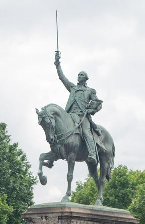 george washington: Estatua de George Washington, París, Francia Foto de archivo