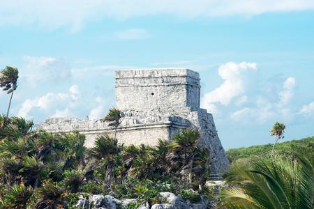 Tulum Mayan Ruins Besides Caribbean Sea Stok Fotoğraf