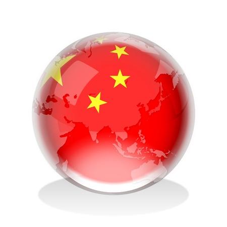 mapa china: Esfera de cristal de la Rep�blica Popular de la bandera de China con el mapa mundial Foto de archivo