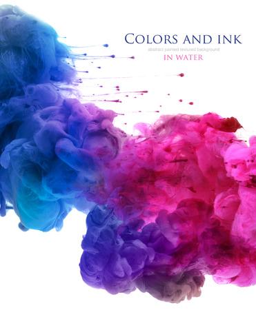 Farby akrylowe i atramentu w wodzie. Streszczenie tle. na białym.