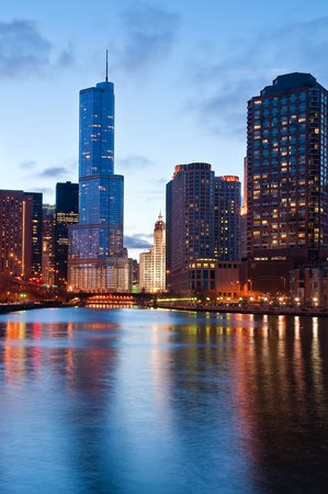 midwest usa: Chicago riverside
