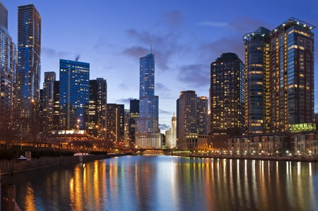 Chicago riverside photo