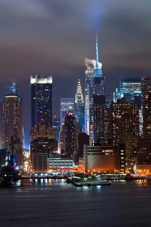 new york at night: Manhattan, New York City.