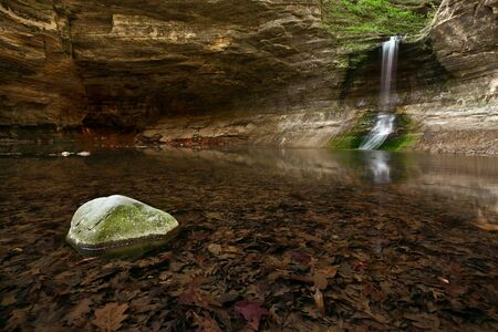 Waterfall. Waterfall located in Matthiessen State Park, Illinois, USA. Stock Photo - 13159210