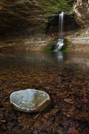 Waterfall. Waterfall located in Matthiessen State Park, Illinois, USA. Stock Photo - 13200650