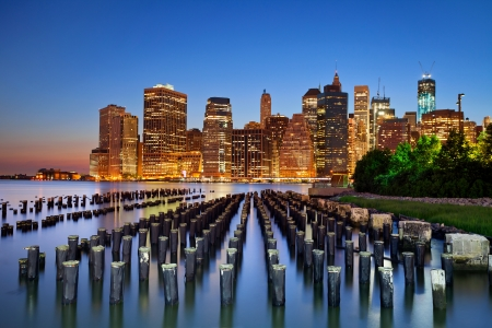Manhattan, New York City. Manhattan skyline viewed from Brooklyn at twilight. Stock Photo - 14297676