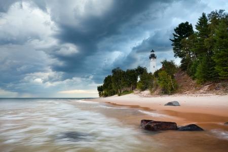 lake michigan lighthouse: Au Sable Faro. Imagen del faro de Au Sable en Pictured Rock Nacional Lakeshore, Michigan, EE.UU..