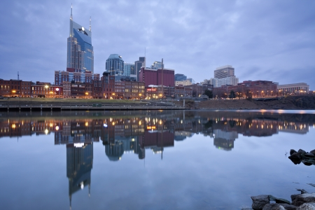 Nashville. Image of Nashville, Tennessee during twilight blue hour. Banco de Imagens - 16813872