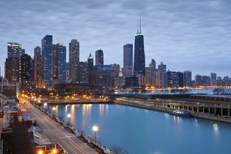 Chicago skyline. Image of Chicago downtown skyline at dusk. Stock Photo - 17282262
