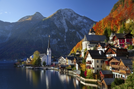 Hallstatt, Austria  Image of famous alpine village Halstatt during colourful fall morning