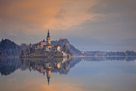 bled: Lake Bled. Lake Bled with St. Marys Church of the Assumption on the small island. Bled, Slovenia, Europe.