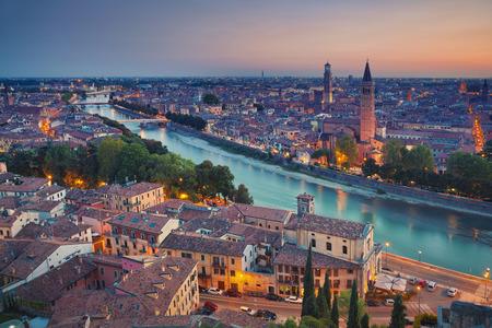 Verona. Bild von Verona, Italien im Sommer Sonnenuntergang.