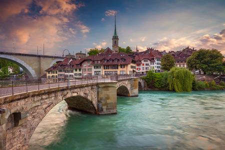 Bern. Image Cityscape de Berne, Suisse pendant le coucher du soleil.