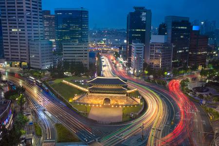Seoul. Image of Seoul downtown with Sungnyemun Gate during twilight blue hour. Foto de archivo