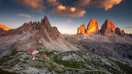 The Three Peaks of Lavaredo. Amazing panorama of Italian  Dolomites with famous Three Peaks of Lavaredo (Tre Cime di Lavaredo) South Tyrol, Italy, Europe at summer sunset. Banco de Imagens