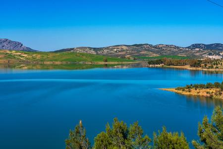 Lake Embalse del Guadalhorce, Ardales Reservoir, Malaga, Andalusia, Spain Reklamní fotografie - 121045151