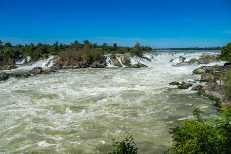 Khone Phapheng Falls on the Mekong River in southern Laos. Banco de Imagens