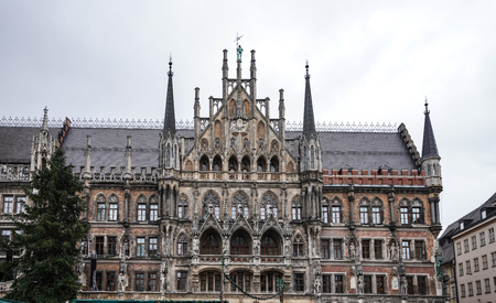 The New Town Hall, is a town hall at the northern part of Marienplatz in Munich, Bavaria, Germany. It hosts the city government including the city council and part of the administration. Reklamní fotografie