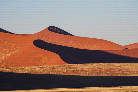 Amazing View of the dunes Sossusvlei. Namib Naukluft National Park. Sand dunes in the pan of Sossusvlei. Namibia. Africa. 版權商用圖片