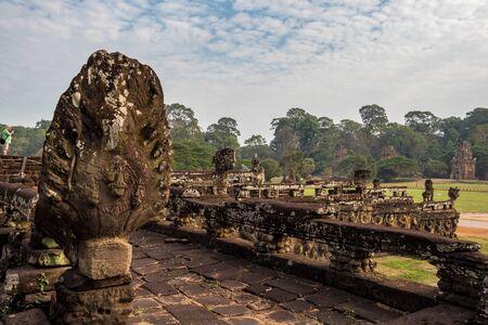 Antica architettura Khmer. Tempio Baphuon al complesso di Angkor Wat, Siem Reap, Cambogia, Asia