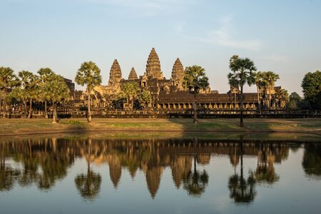 Angkor Wat is a temple complex in Cambodia and the largest religious monument in the world. Siem Reap, Cambodia. Banco de Imagens