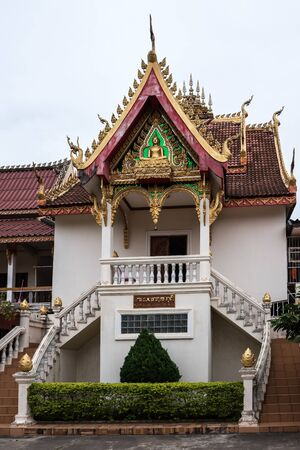 Wat Si Saket is a Buddhist Temple which formerly held the Emerald Buddha. Travel in Vientiane City, Laos. Banco de Imagens