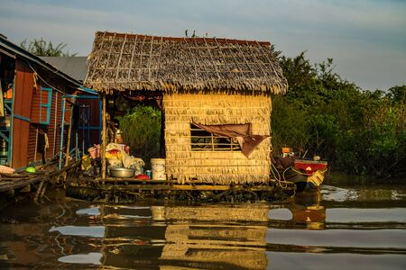 Floating village with floating houses on the Tonle Sap Lake, Koh Rong island, Cambodia, Asia Archivio Fotografico