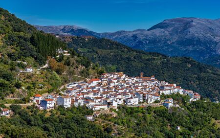 White Andalusian village, pueblo blanco Algatocin. Province of Malaga, Costa del Sol, Spain Stockfoto