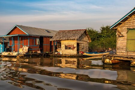 Floating village with floating houses on the Tonle Sap Lake, Koh Rong island, Cambodia, Asia Stockfoto