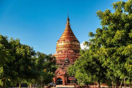 Dhamma Ya Zi Ka Pagoda in Bagan, Myanmar former Burma Imagens