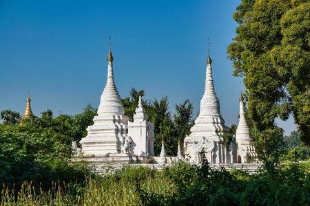 Ruins of the ancient kingdom of Ava Amarapura in Mandalay state Myanmar, former Burma. Maha Aung Mye Bon Zan Monastery, Ava, close to Mandalay Stockfoto - 146960106