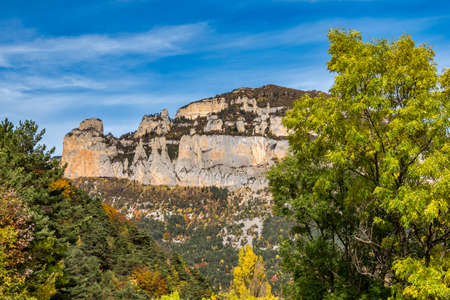 French countryside. Treschenu-Creyers: view of the heights of the Vercors, the marly hills and the valley Val de Drome in France, Europe Imagens