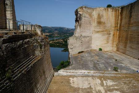 View of abandoned stone quarry of Monteleone Rocca Doria Stockfoto