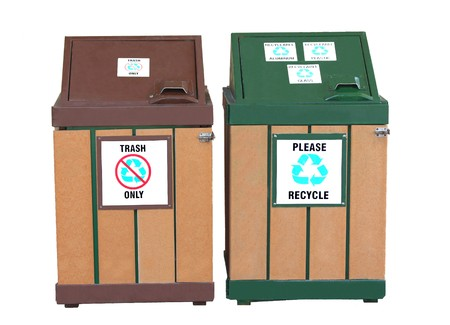 Trash can and Recycle Can on white Stock Photo - 4083066