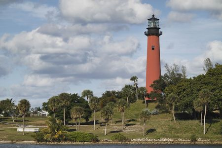 jupiter light: View of the Jupiter lighthouse in Palm Beach County, Florida