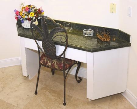 Utility íróasztal használt luxus konyha