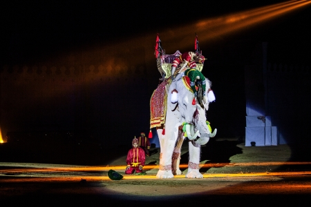 ayothaya: Ayothaya ,Thailand - a show aIuthheete, the war of Thai elephan.