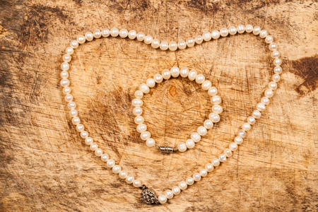 Pearl necklace. photo